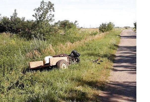 967456-u-novoushitskomu-rayoni-perekinuvsya-motoblok-zaginuv-vodiy_5d60fd1972e2c